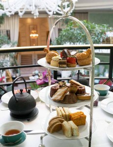 002     0514-afternoon-tea-shangri-la-paris-3